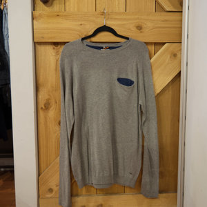 Blend Contrast Pullover Sweater