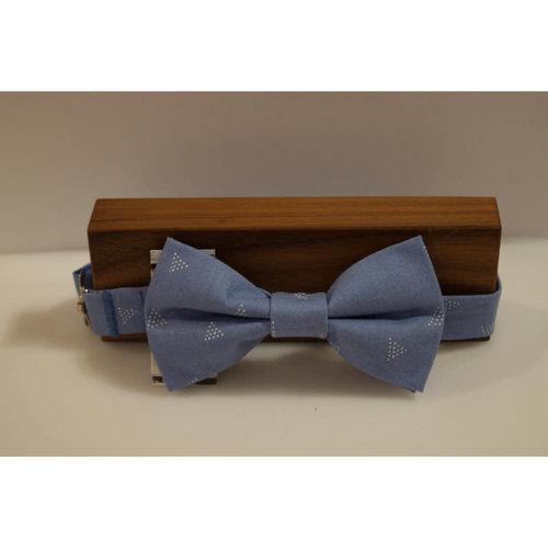 Beaux Minimalist Triangles Pre-Tie Bow Tie