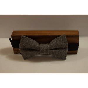 Beaux Melton Wool Pre-Tie Bow Tie