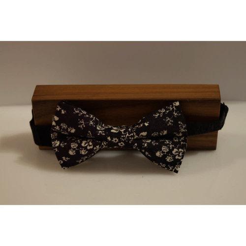 Beaux Vintage Floral Pre-Tie Bow Tie