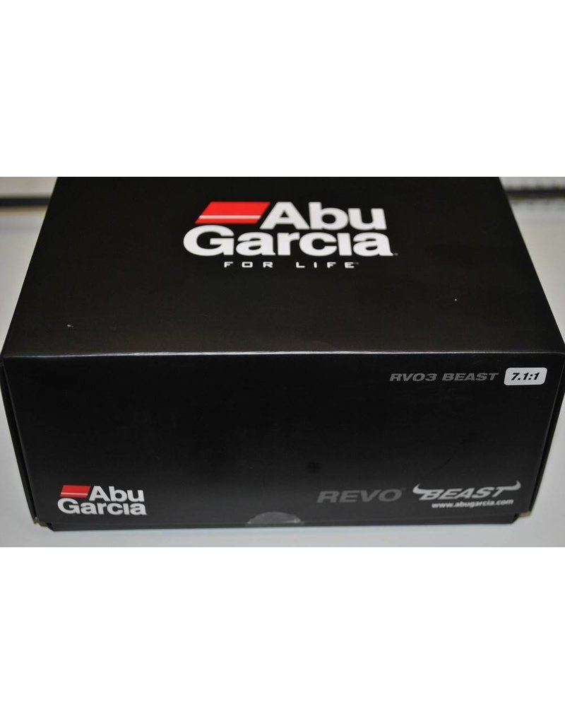Abu Garcia RVO3 Revo Beast Baitcast Fishing Reel-Right Hand 22 Lb Max Drag UPC-036282615250