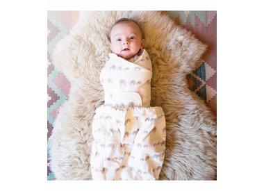 Sleep, Swaddles & Blankets