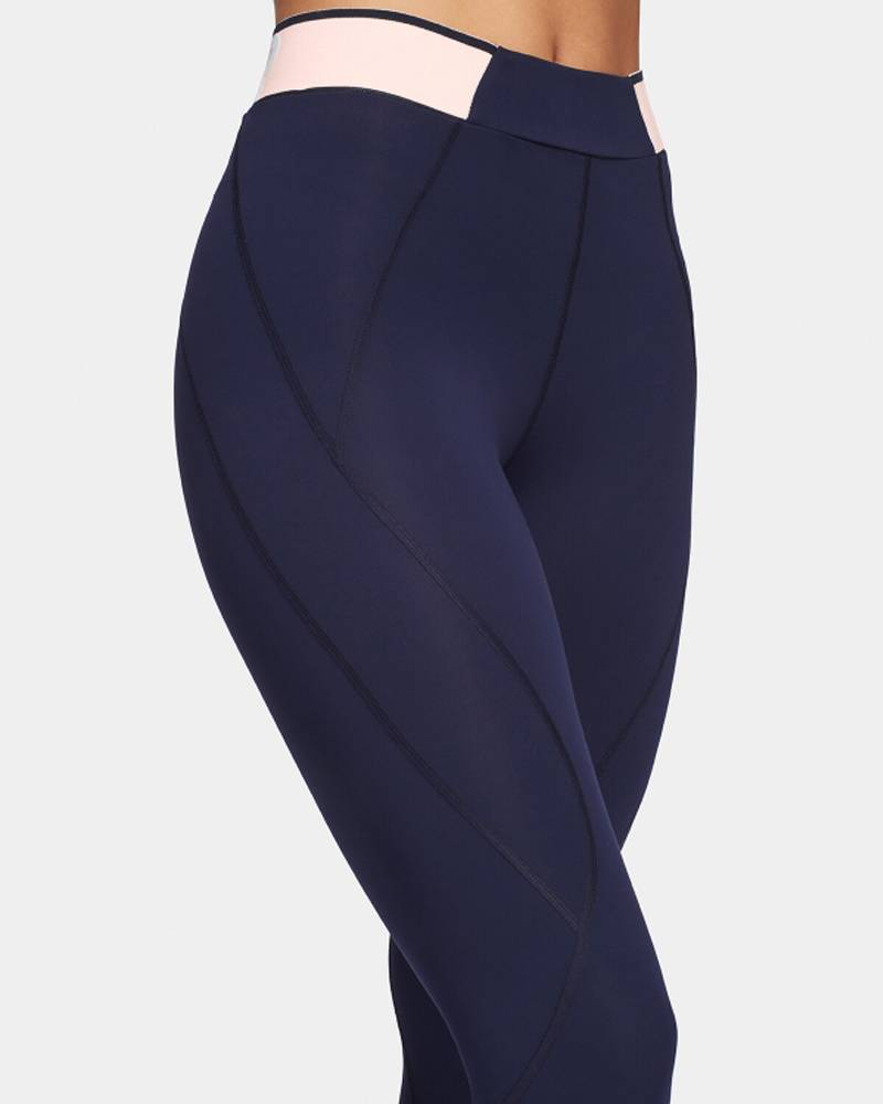 LNDR Marvel Navy Legging