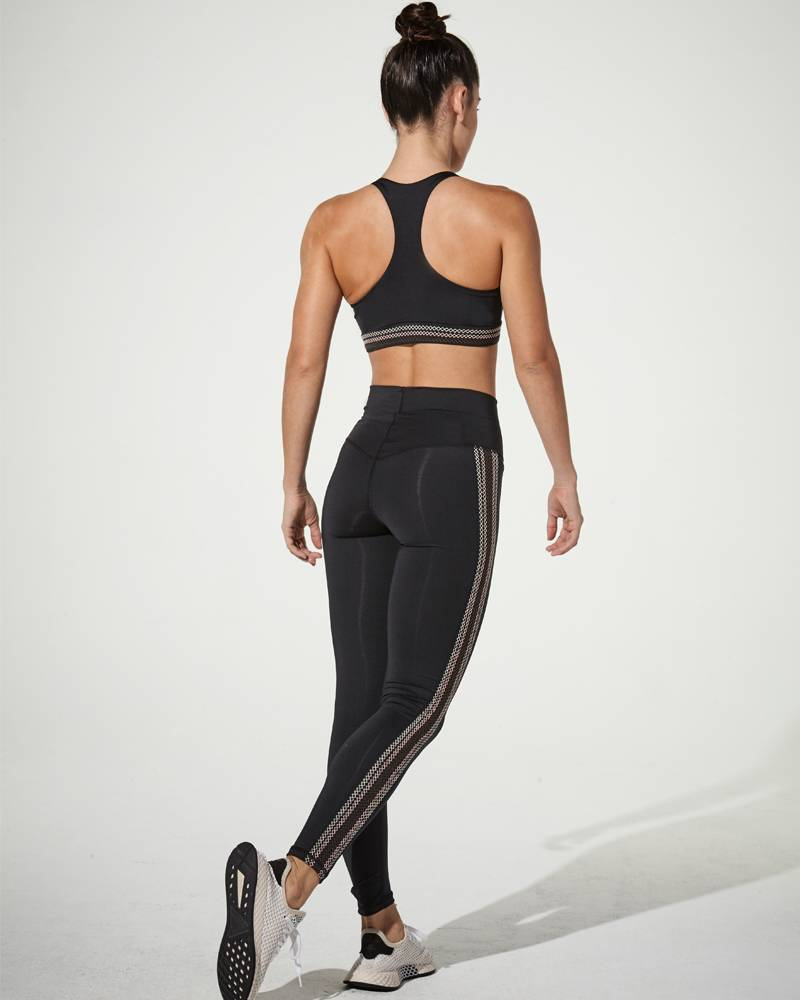 9.2.5 Front Cover Black Legging