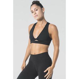 9.2.5 With A Twist Black Bra