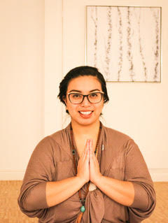 Krystel Lea brings Prenatal Education and Thai Massage to Evymama!