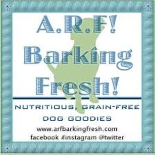 Arf! Barking Fresh GREEN Peanut Butter Cupcake