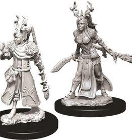 WizKids D&D Nolzur's Marvelous Unpainted Miniatures: W9 Female Human Druid