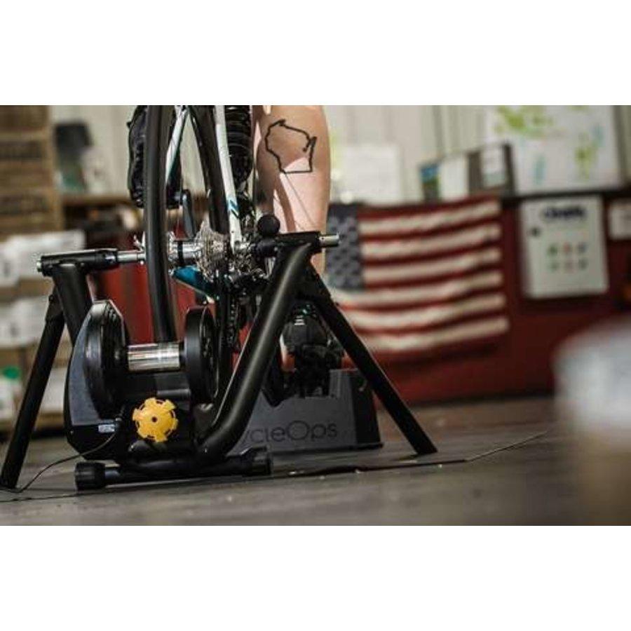 Saris M2 Smart Trainer