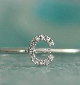 Shy Creation 14KWG Letter C Diamond Ring