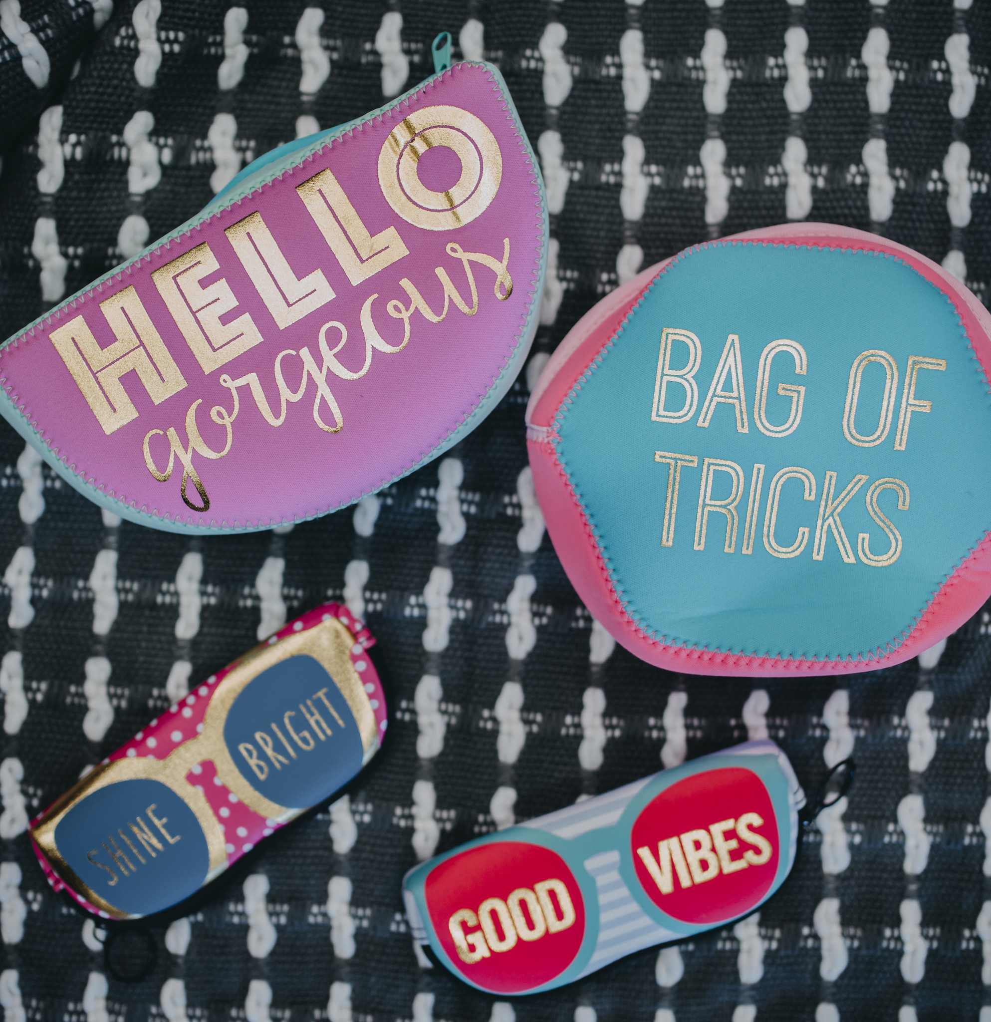 Ann Page Zipper Sunglasses Pouch- Good Vibes