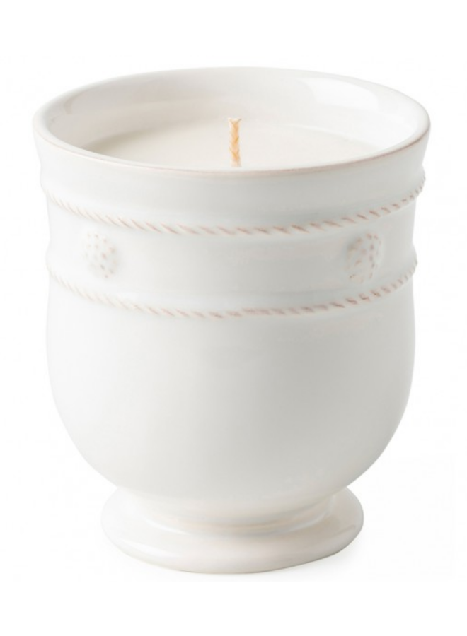 Berry & Thread Candle-Fragrant Herb