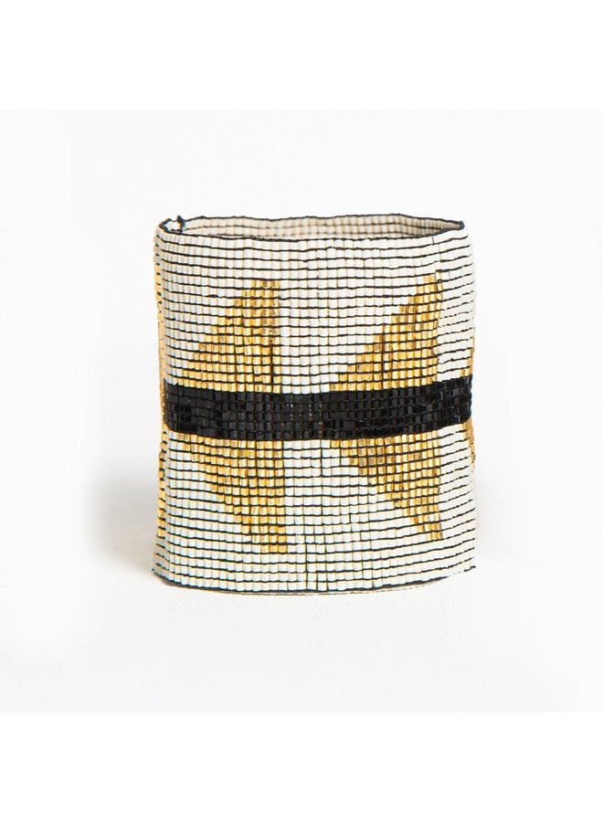 "Blush Ivory and Gold Triange Stretch Beaded Bracelet (2.25"")"