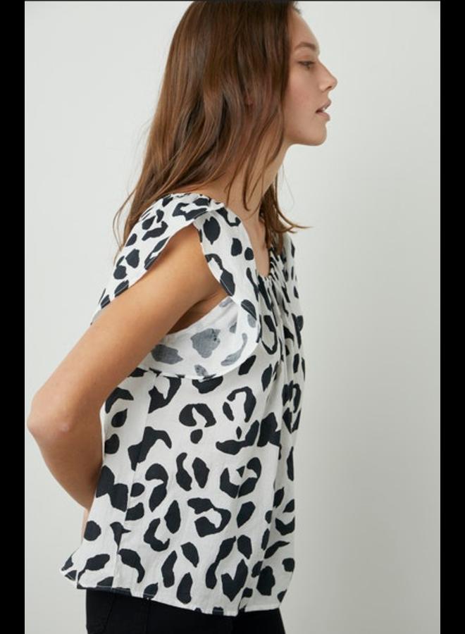 Malika04 Leopard Blouse