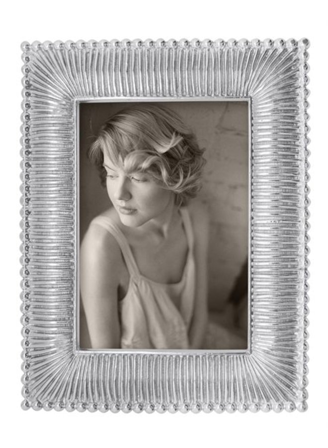 4 x 6 Classic Fanned Frame