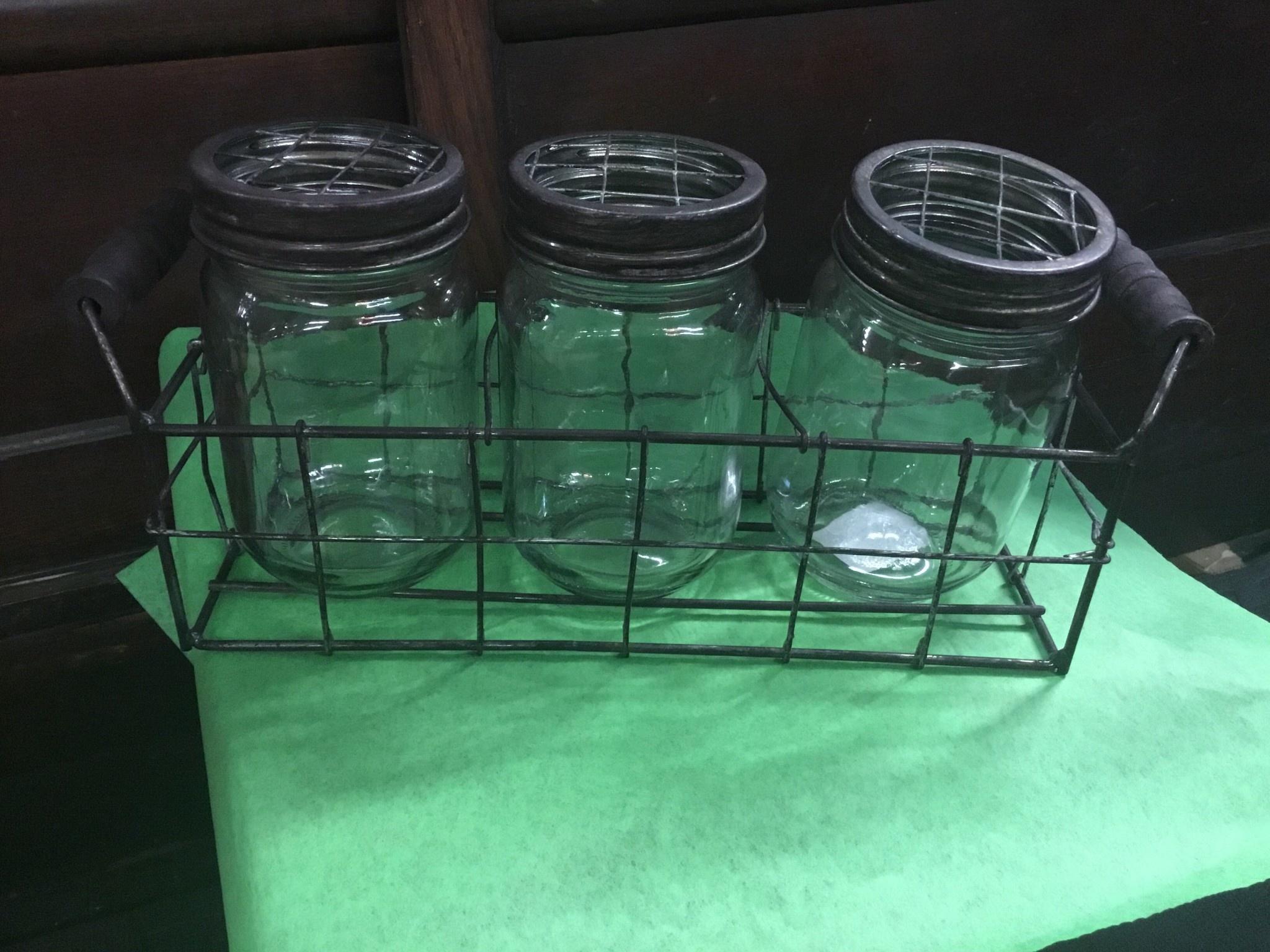 Triple Jar Centerpiece Thomasyard