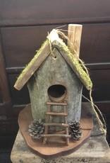 Newhalls Birdhouse