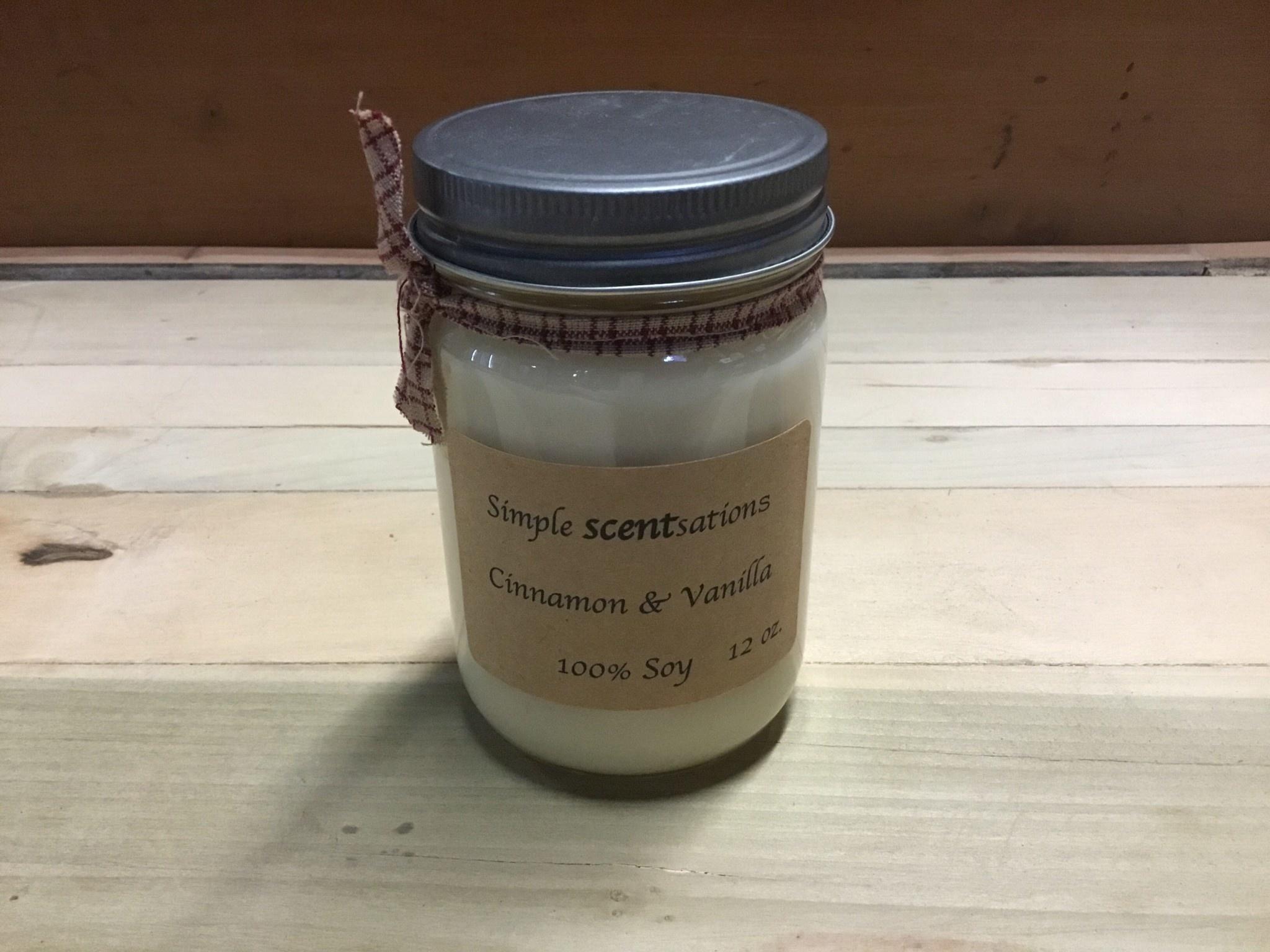 Simple Scentsation Cinnamon & Vanilla 12 oz Soy Candle
