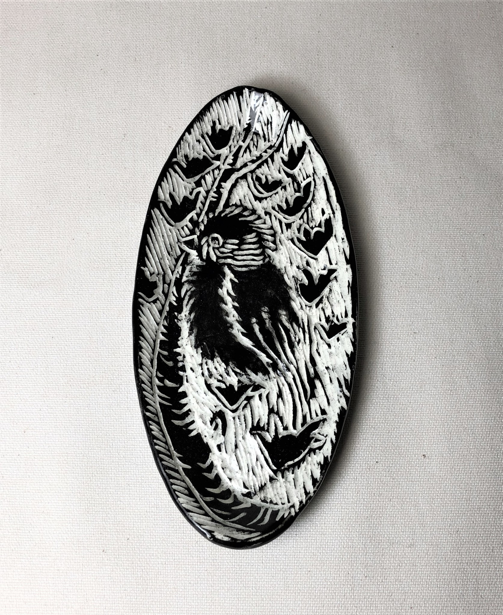 """Nanette  small oval dish - Wren on branch 7.5x 3.5"""""""