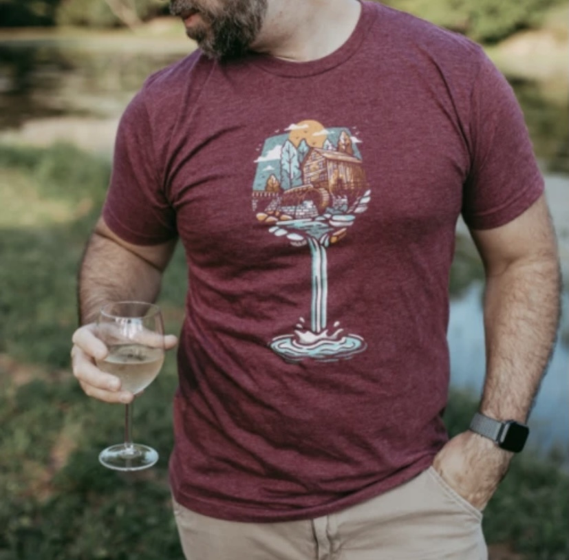 Loving WV WV Wine Glass Tee Lg