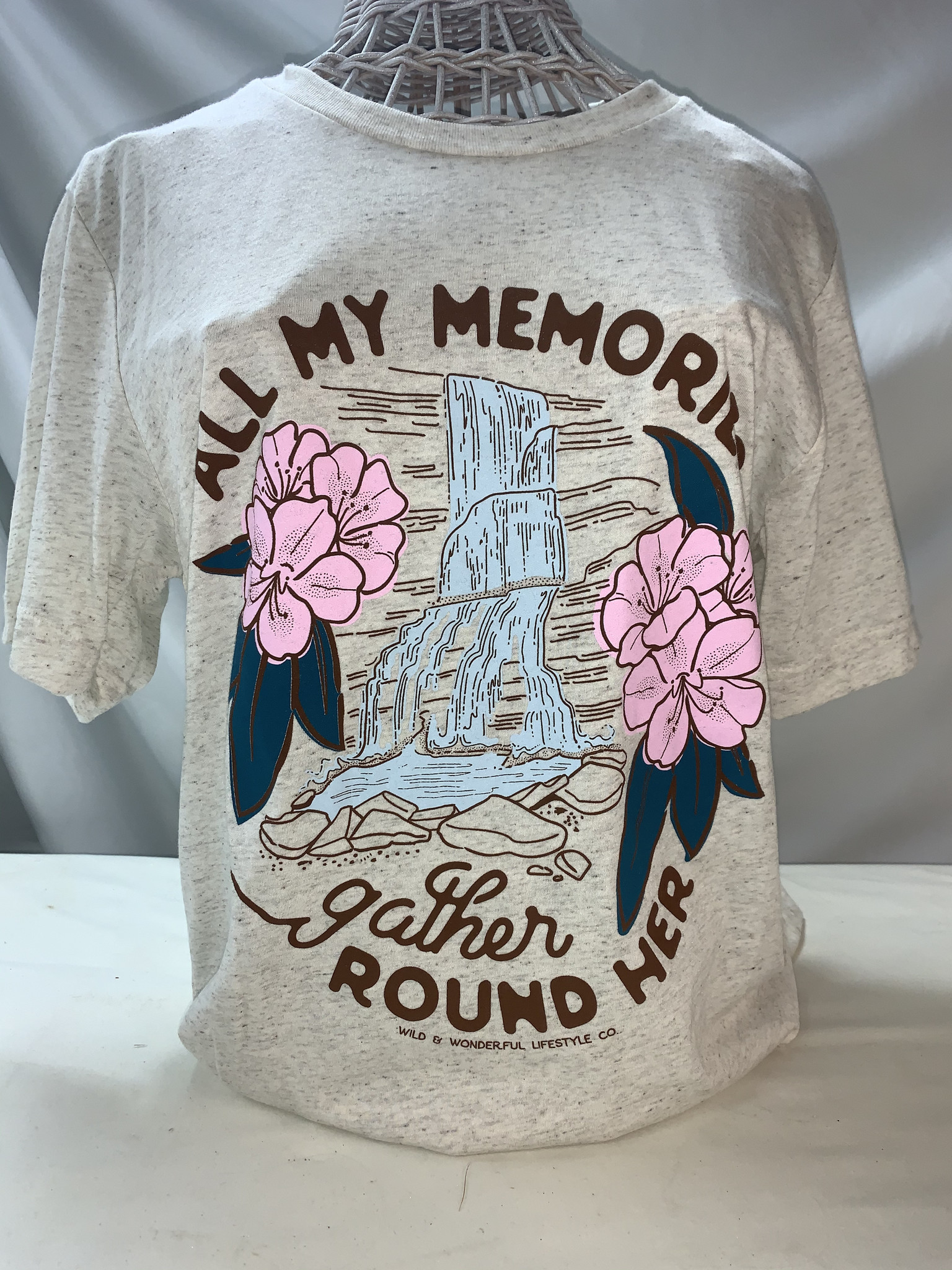 Wild & Wonderful Lifestyle Company All My Memories Tee Lg