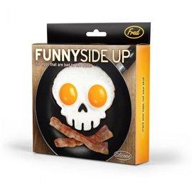 Fred & Friends FUNNY SIDE UP-SKULL - EGG CORRAL