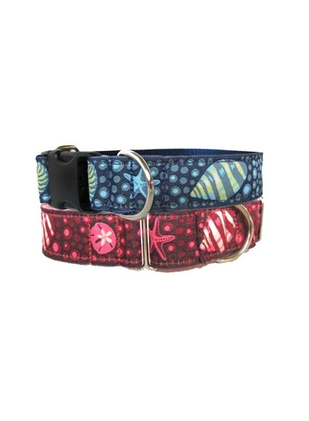A Bee's Hive Under The Sea Buckle Martingale