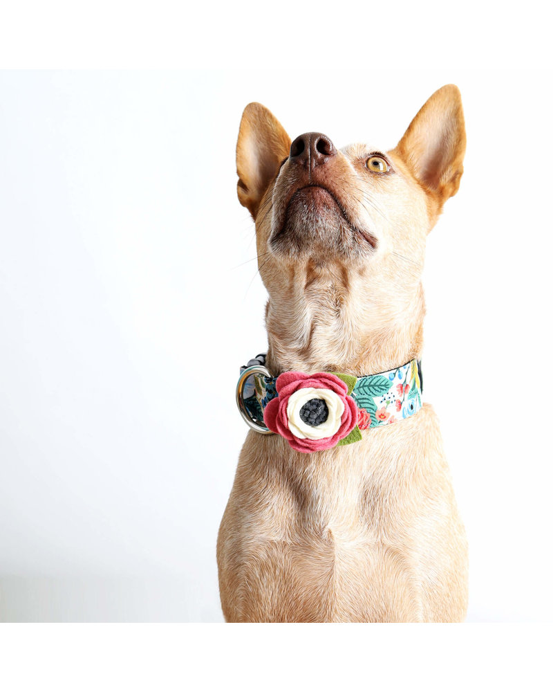 Mimi Green Wildflower Collar Flower
