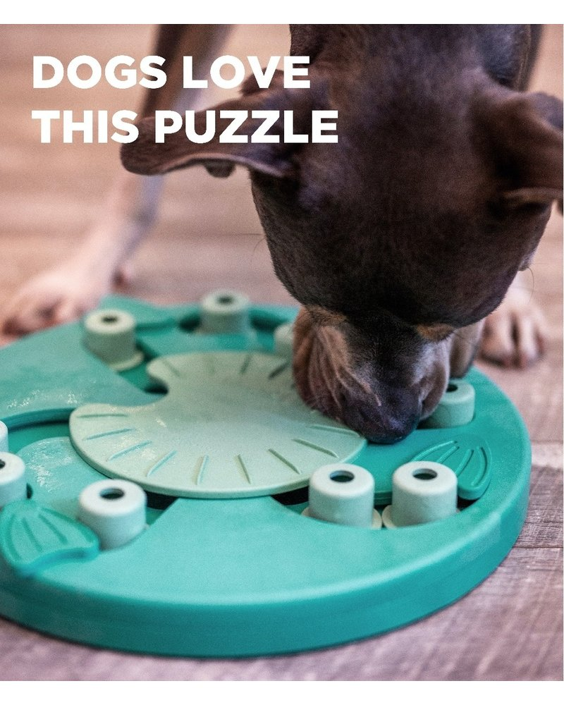 Nina Ottosson Dog Worker Puzzle, Green