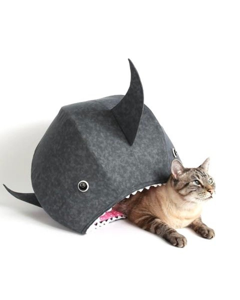The Cat Ball Great White Shark