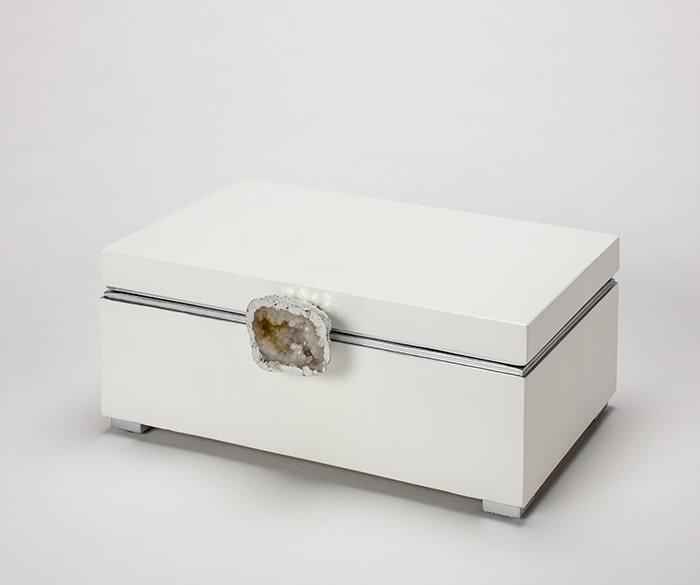 White/Silver Box
