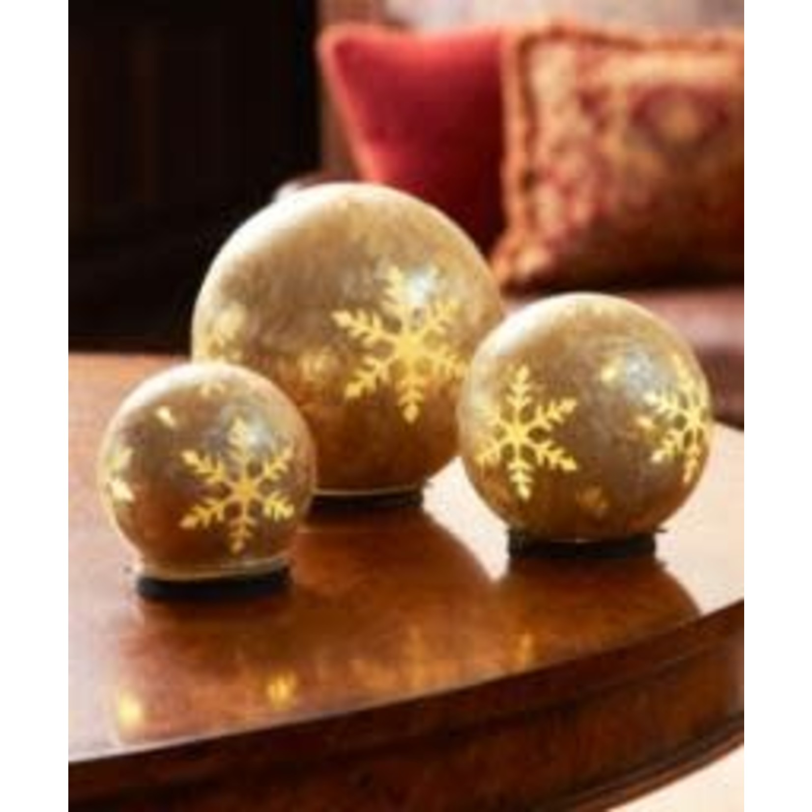 """LED Snowflake Globes w/6 Hour Timer (Set of 3) 4""""-8""""D Glass (Requires 3 AA Batteries, Not Included)"""