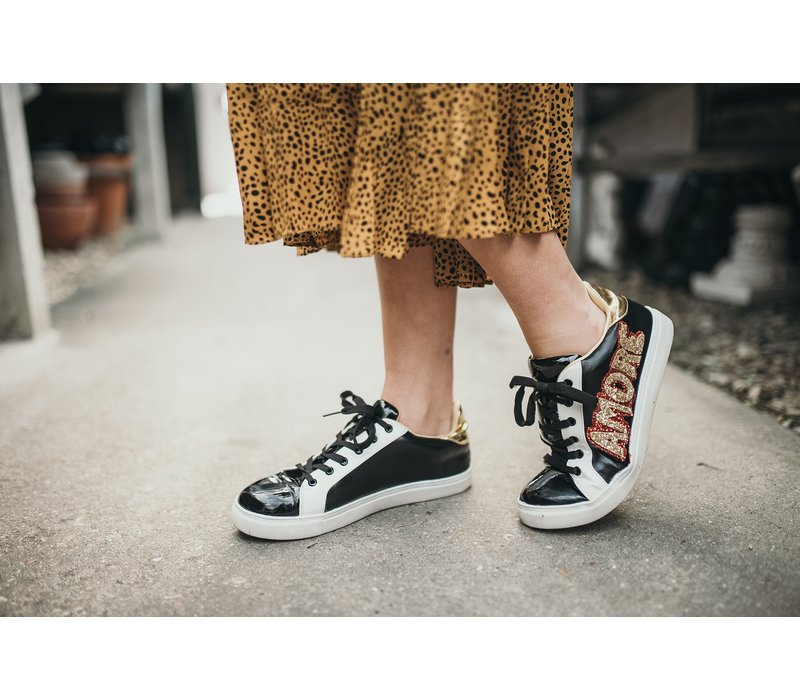 Amore Sneakers