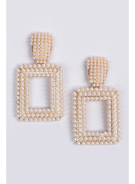 Bag Boutique A Pearl Can Try Earrings