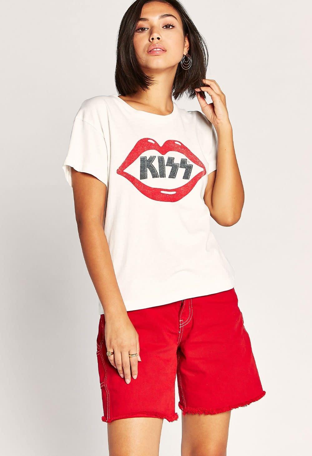 Daydreamer LA Kiss Lips Tour Tee