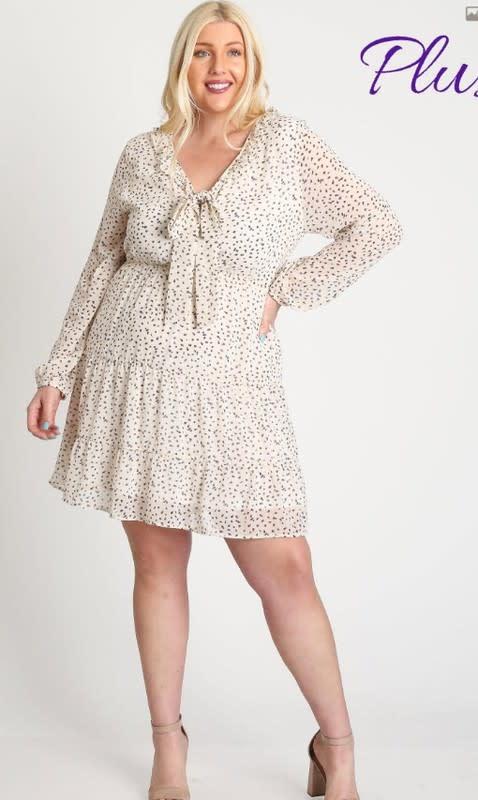 A Beauty BNB Dot Your Back Dress (Plus)