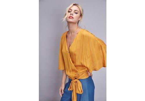 Do + Be Leila Kimono Top