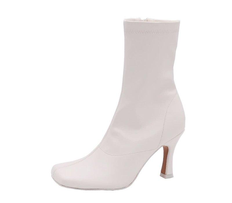Xena Boot