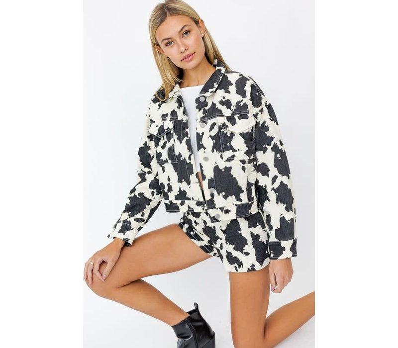 Cow We Like It Trucker