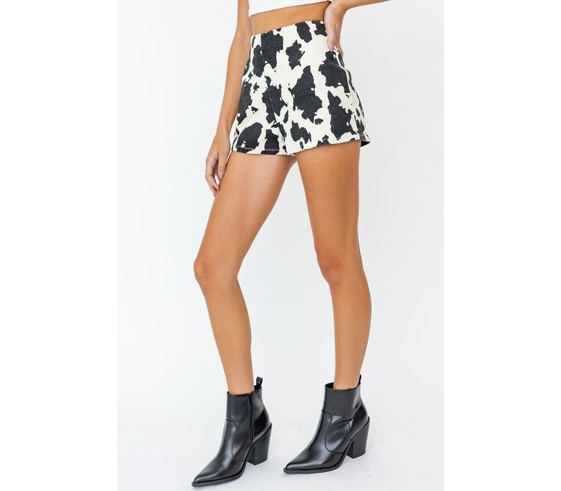 Cow We Like It Shorts