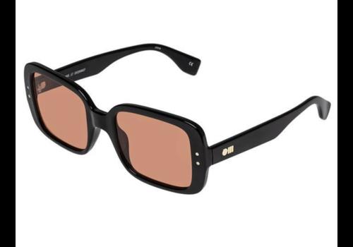 Le Specs Saline