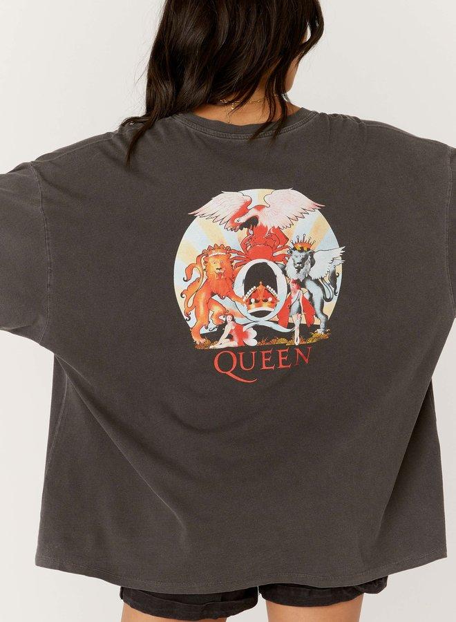 Queen De La Crest Tee