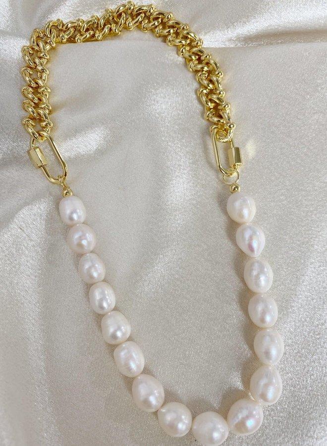 Lady Like Necklace