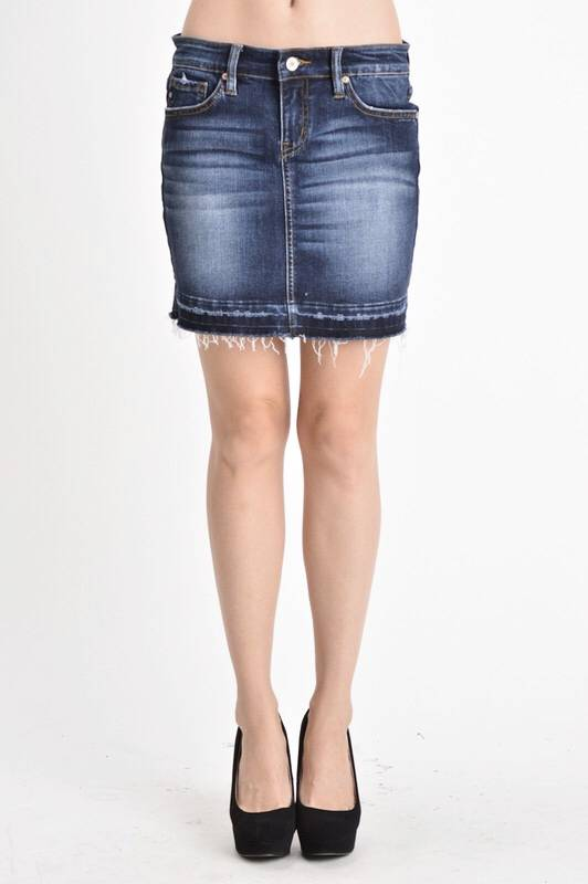 Kan Can Dark Wash Stretchy Denim Skirt
