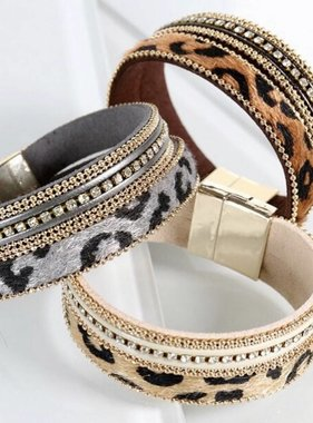 Leopard/Rhinestone Magnetic Bracelet- More Colors