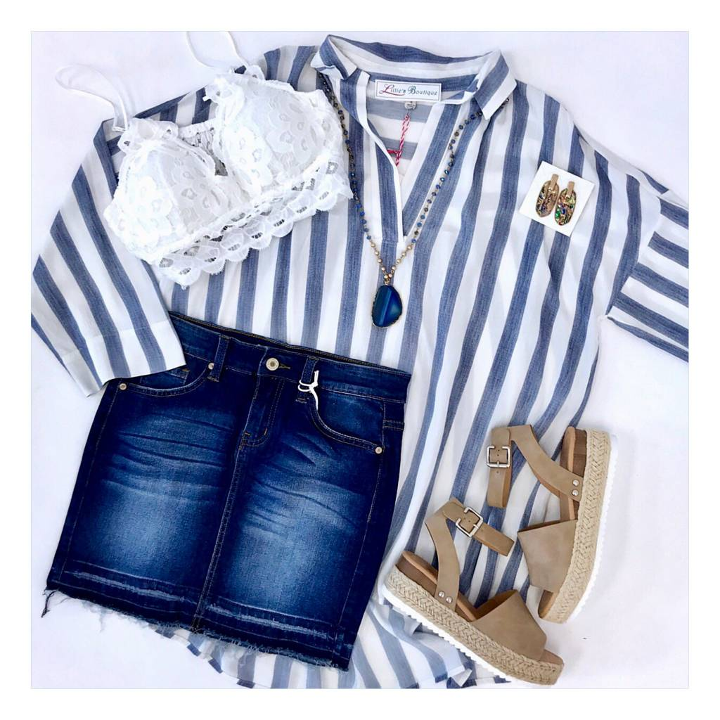 Faded Blue  / White V-Neck Collar Top