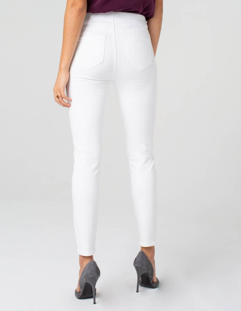 White Basic Denim Skinny Jean
