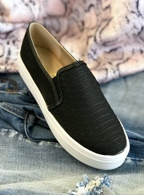 Peyton Slip On Sneaker Black