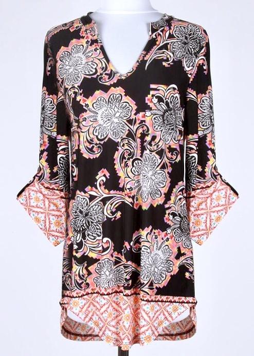 Black Floral V-Neck 3/4 Sleeve Top