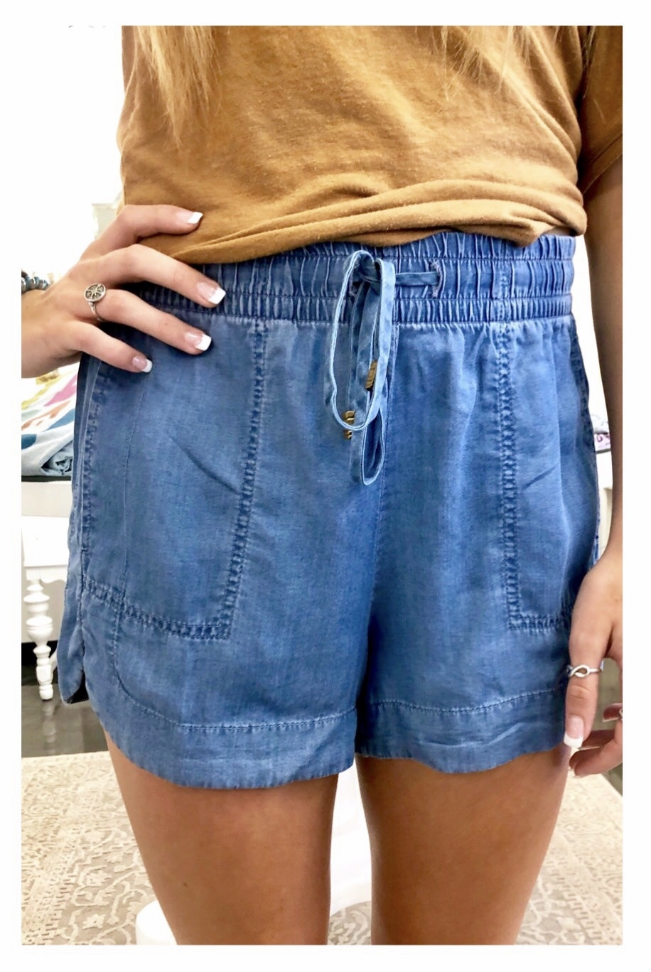 Denim Loose Short w/ Tie